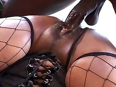 Big ass and funbags ebony chick humps like hell
