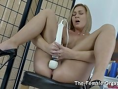 Ash-blonde Bates to Grooling Pulsating Hitachi