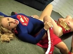 Wonder Woman vs Super Female