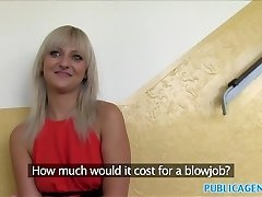 PublicAgent Platinum-blonde nice tits pokes a stranger
