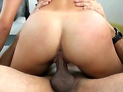 Audition Bed-X blonde gymnast gets flexible