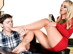 Alexis Monroe & Alex D in Her Featured Bod - 21Sextury