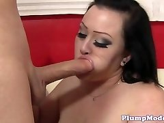 Round chick titfucked before pussy drilling