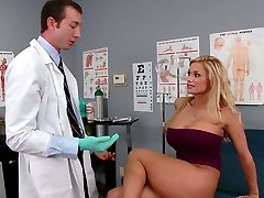 Busty platinum-blonde Shyla Stylez makes her gynecologist lick her cooter