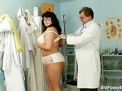 Huge-boobed mature woman Daniela tits and mature pussy gyno exam