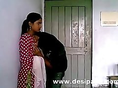Indian Unexperienced College Babe Jummy Tits Pussy Licked Homemade MMS