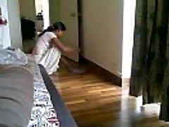 Maid flashing Cleavage