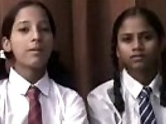 desi wonderful schoolgirl showing her nudes and lesbo