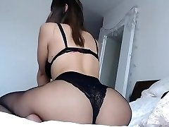 Curvey brown-haired ample ass and boobs in sexy lingerie