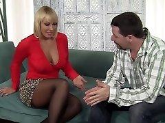 विदेशी पॉर्न स्टार Mellanie Monroe में पागल, परिपक्व सेक्स मूवी