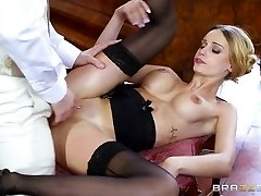 Brazzers - British babe Erica Fontes gets boned