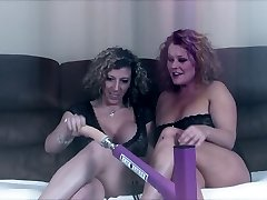 Sara Jay Gets Banged by A Screwing Machine!