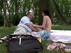 VANHA teini Romanttinen Välinen Seksi Lihava Vanha Mies ja Kaunis Teini-ikäinen Tyttö
