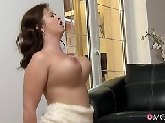 Michael & Stacy aastal Busty Naise Pulmas - MomXXX