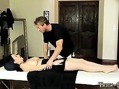 Enganado cutie massageava jizz