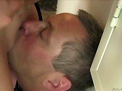 Brincalhão loira mais gorda Alura Jenson ama sentada na cara