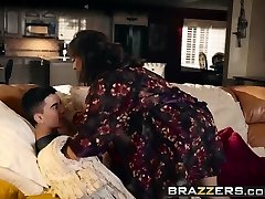 mommy got boobs - posso crash e il bang your mom scena starr