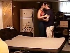 Supruga vara jebeno na skrivenu kameru