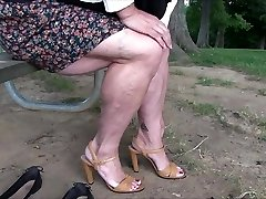 نشان عضلانی, پاهای