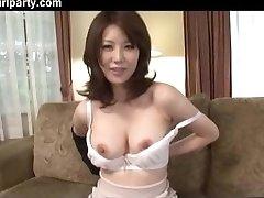 Азиатская Жена