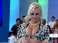 MILF PORCHISSIMA V TV