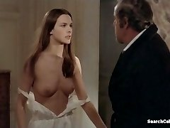 Carole Bouquet و آنجلا مولینا - That Obscure Object of Desire