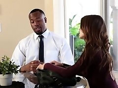 TeensLoveBlackCocks - Petite Segretario Farcito da BBC