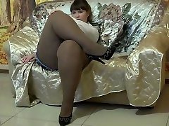 Sexy BBW In Pantyhose