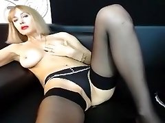 blondy_pussy intimní film 07/10/15 na 11:54 od MyFreecams