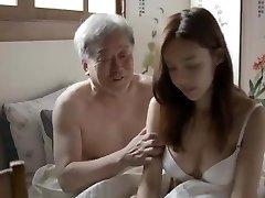 koreański teść przeleciał żonę swojego syna