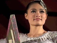 Spectacular Asian GIRL PERFORMING DEATH DEFYING STUNT