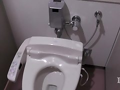 Elitist pervy woman. In the toilet in a workplace, onan