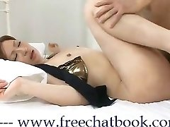 Japanese Queen KiKi in Free Chat Book