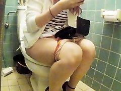 Asian junior girl toilet pt 2