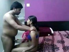 Girl penetrate in bedroom