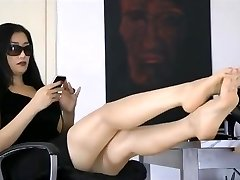 Asian Foot Queen 2