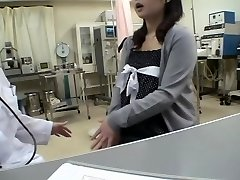 Buxom doc screws her Jap patient in a medical fetish video