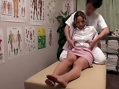 Chisato Ayukawa, Nao Aijima in OL Professional Rubdown Clinic 15 part 1