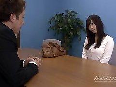 Job conversation leads sucking a cock