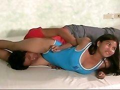 lady wrestling
