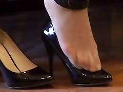 chinese hosed (nylon) soles shoeplay with high heels