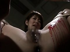 Pouring paraffin wax on her wet pussy and she loves the bdsm stuff