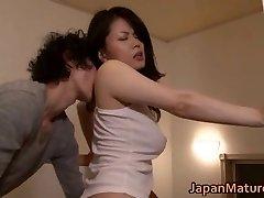 Miki Sato nipponjin mature lady