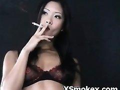 Smoking Porn Xxx Naughty Voluptuous Kinky Slut