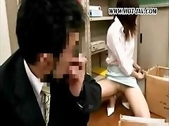 Young Japanese office bi-atch gets it on with her messy old manager
