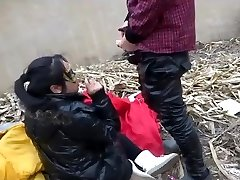 chinese teenage in public3