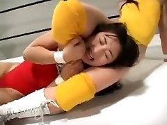 Chinese women wrestling