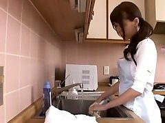 Huge splattering japanese mom by airliner1