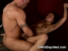 Annie Cruz gets horny and squirts
