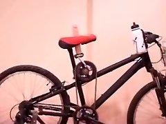 bike Pummel